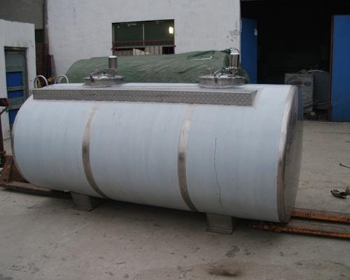 6吨双仓运输罐