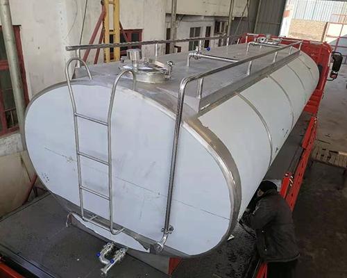12吨运输罐发货
